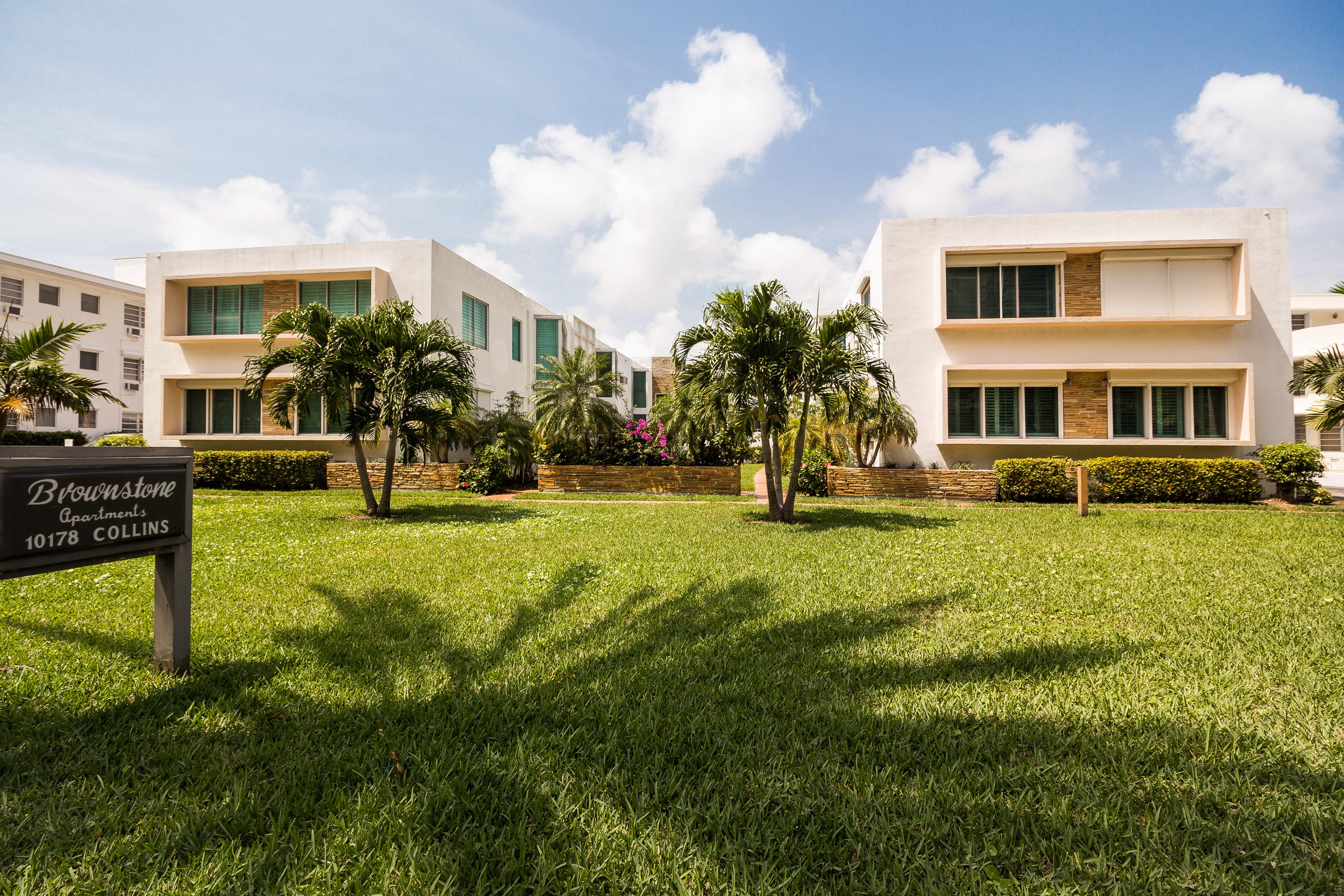 Société civile immobilière pour l Vente à 10178 Collins Ave #210 10178 Collins Ave 210 Bal Harbour, Florida, 33154 États-Unis