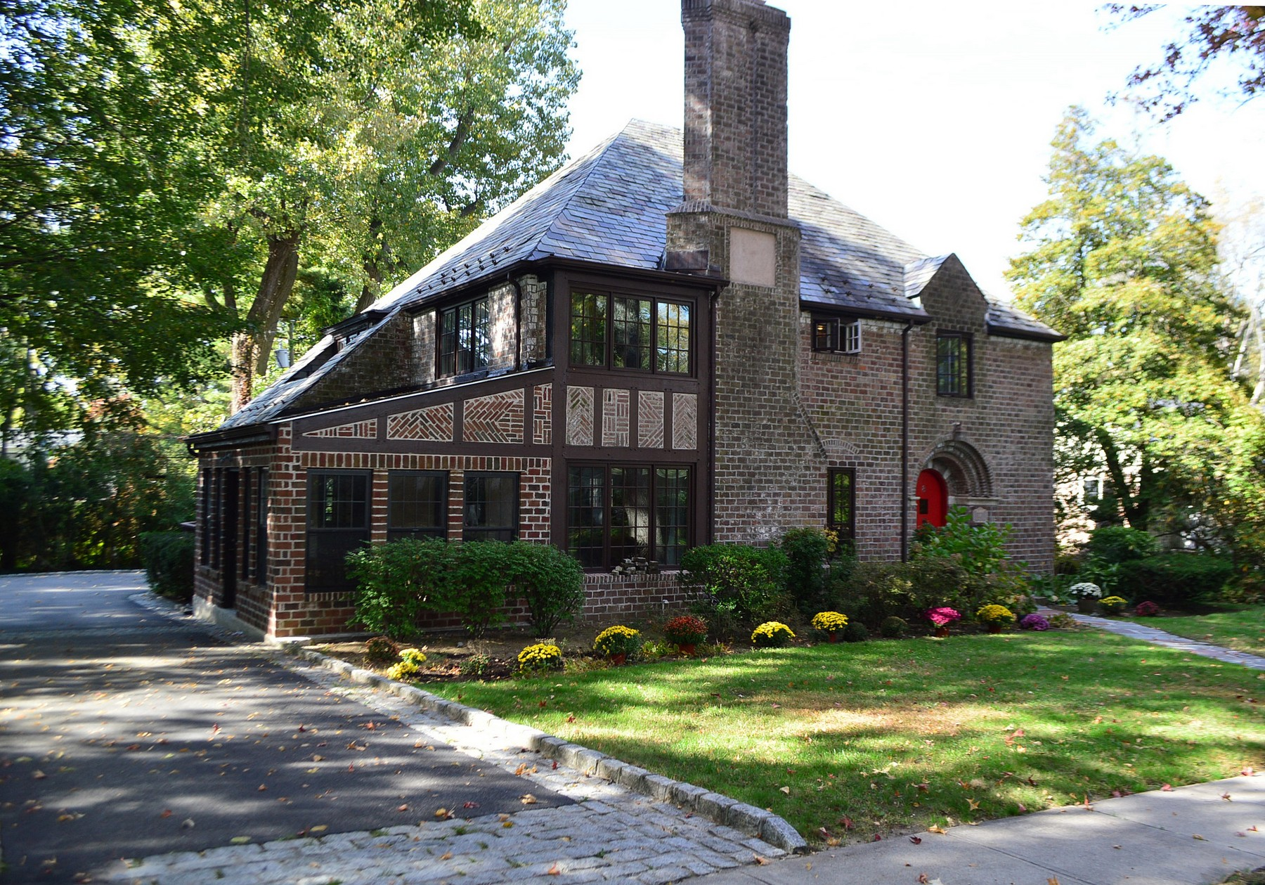 Property For Sale at Tudor