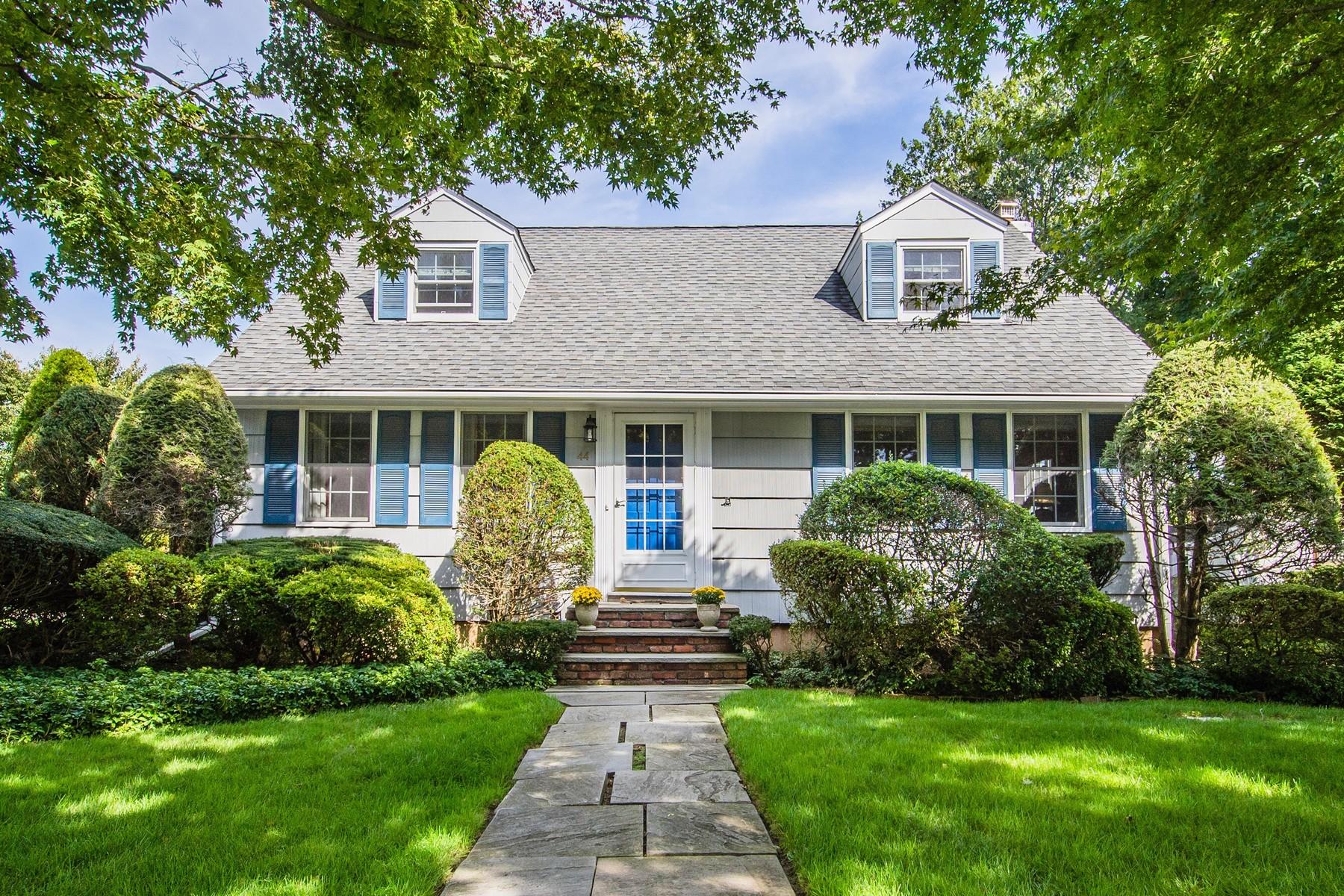 Einfamilienhaus für Verkauf beim Exp Cape East Norwich, New York 11732 Vereinigte Staaten